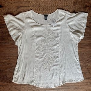 🌵TORRID Ivory Embroidered Blouse Size 1x > NWT<